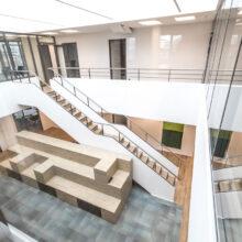 Grünes Bürogebäude mit ganzheitlicher Gebäudeautomation – Herbert Gruppe